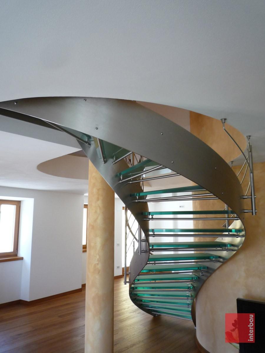 scala-elicoidale-in-vetro-06